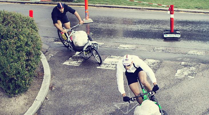 Bullitt Full Bike Lastenrad: stabil und wendig
