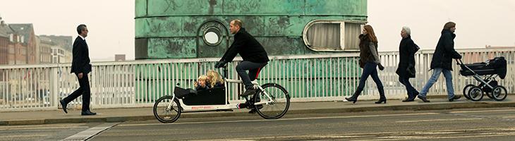 Bullitt Full Bike Lastenrad Alltag und Familie